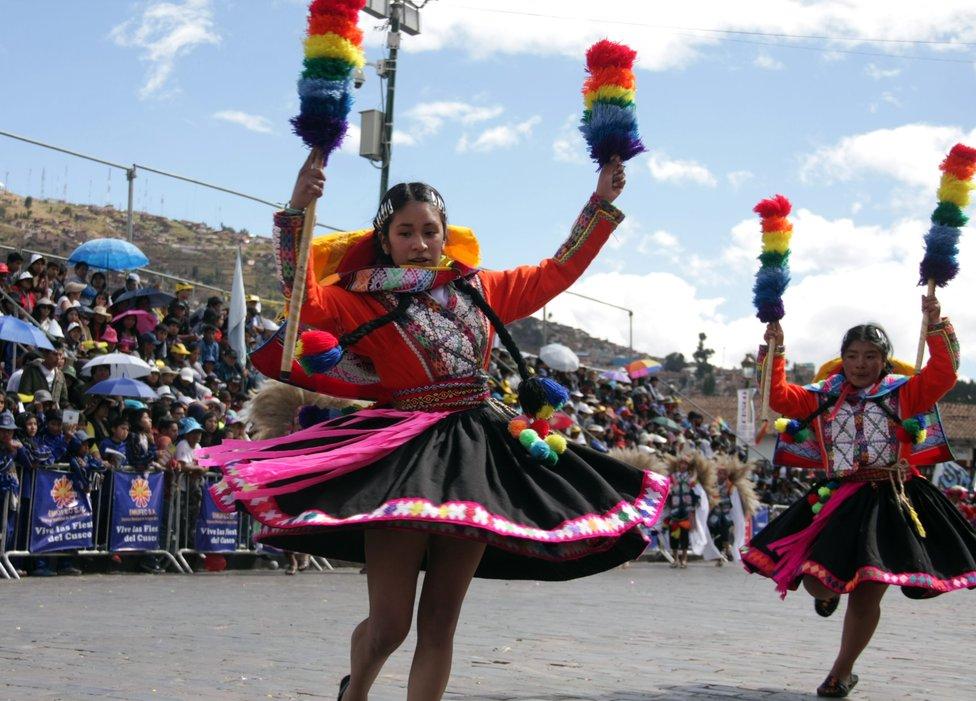 danza-de-carnaval-cusco