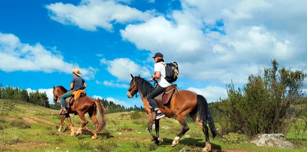 horseback riding cusco 1
